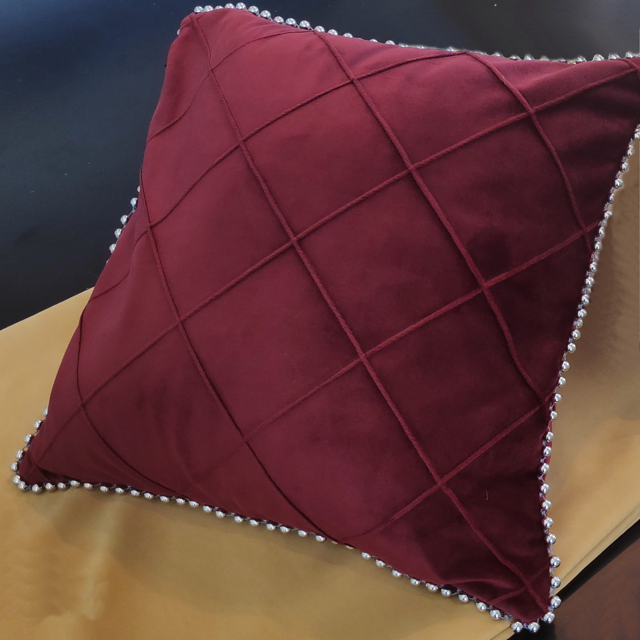 декоративная подушка с применением евростежка